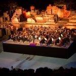 Antik Tiyatro'da Muhteşem Gece