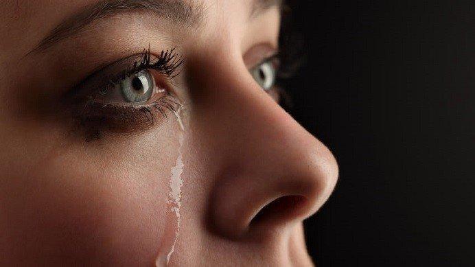 Gözyaşları O Kadar Da Masum Değil