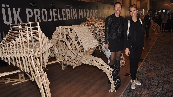 Göz Kamaştıran Ahşap Kırkayak'lar Mimari Tasarım Zirvesi'nde!
