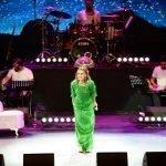 Yıldız Tilbe Şarkılarını Binlerce Kişiyle Söyledi