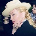 Madonna Bee Goddess'in Sirius Yıldızı İle Parladı